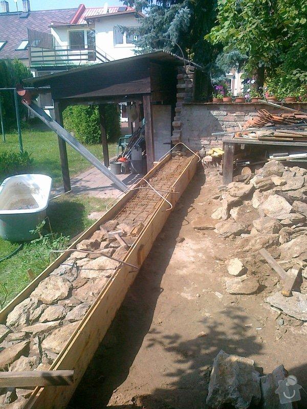 Rozebrání cihlové zdi a znovu postavení: 050920141591