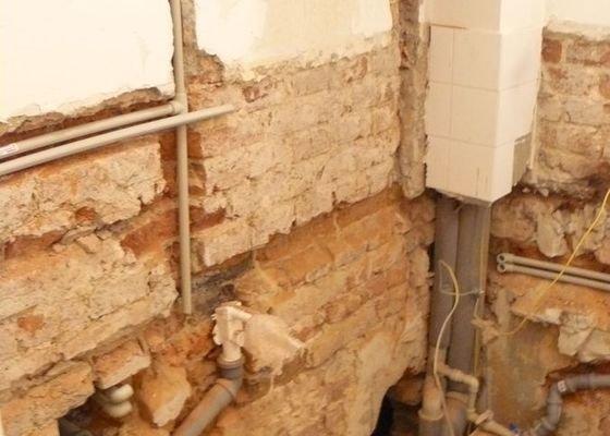 Výměna bojleru, rozvody vody v koupelně,