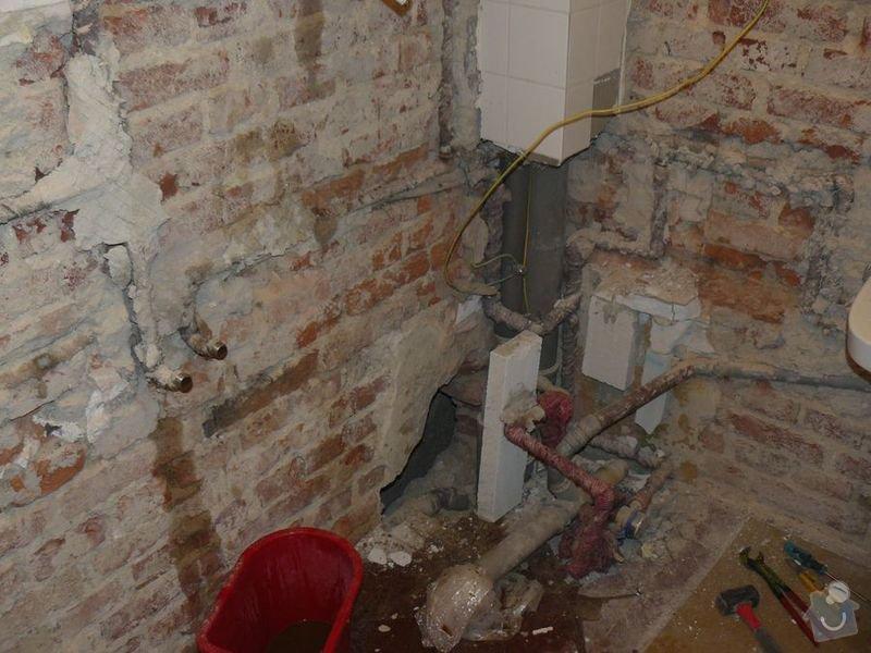 Výměna bojleru, rozvody vody v koupelně, : koupelna_Holesovice1Stara
