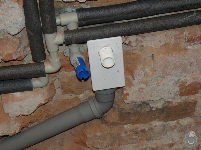 Výměna bojleru, rozvody vody v koupelně, : koupelna_Holesovice2nova