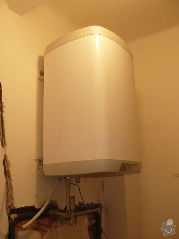 Výměna bojleru, rozvody vody v koupelně, : koupelna_Holesovice5nova