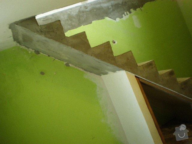 Dřevěné zábradlí + obklad schodů: PA030036