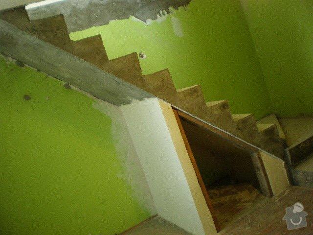 Dřevěné zábradlí + obklad schodů: PA030037