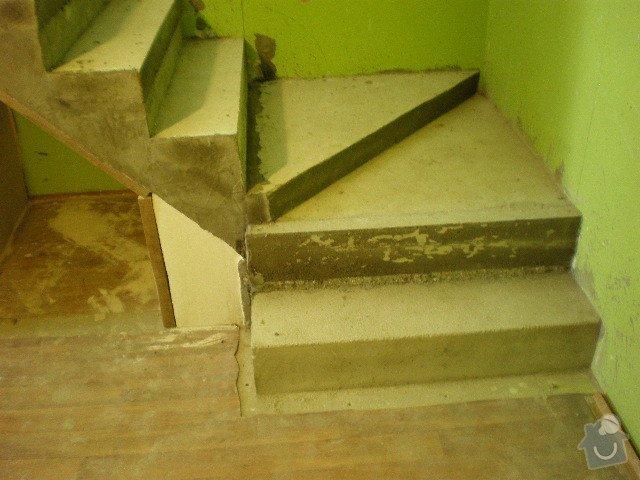 Dřevěné zábradlí + obklad schodů: PA030039