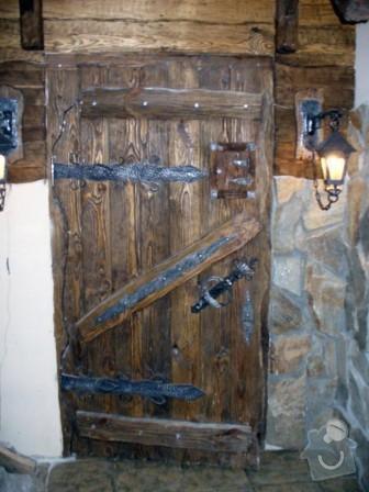 Výroba stolů, dveří a 2 lavic + řežbářství: photo202