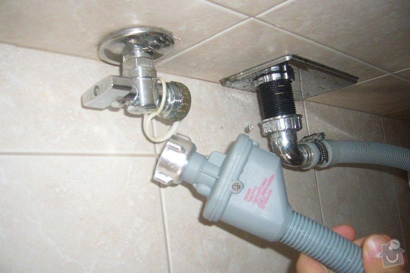 Výměna ventilu pračka + přípojka na žárovku: P1160344