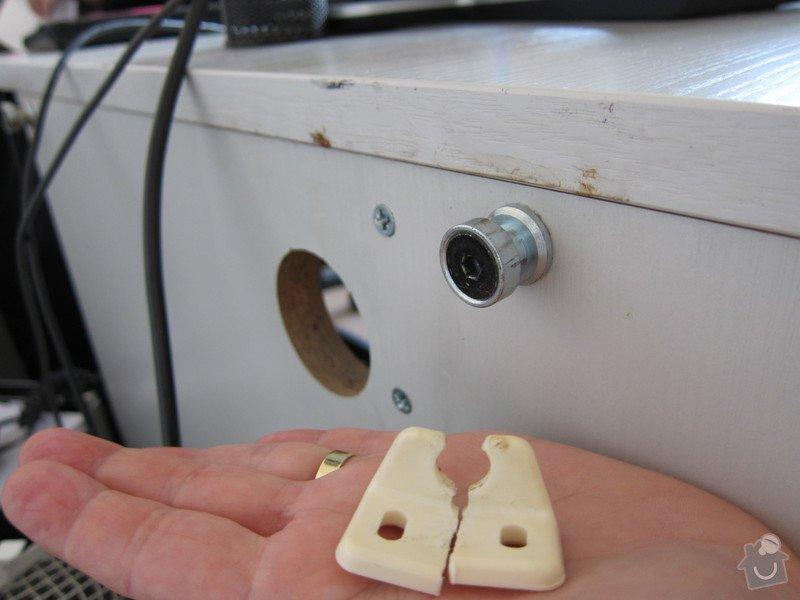 Oprava kancelářského stolu: foto_stolu