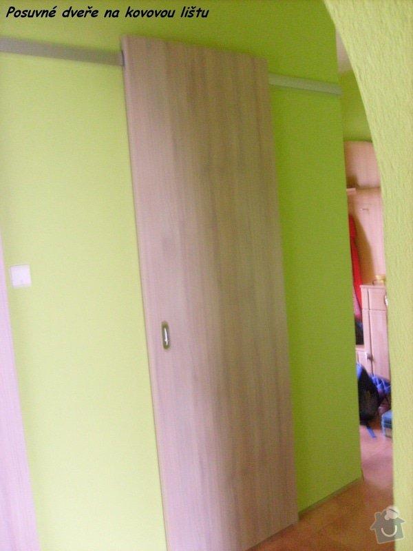 Posuvné dveře před stěnu : Slehova-dvere_na_WC_KOU1