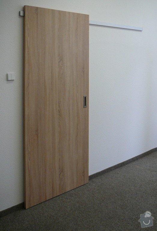 Posuvné dveře před stěnu : zasouvaci_na_hlinikove_liste