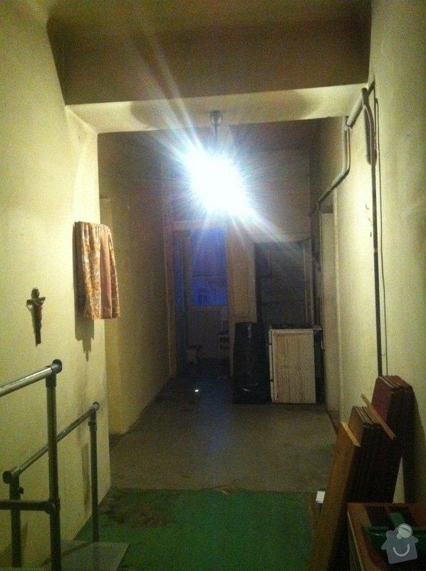 Rekonstrukce bytu 2+kk 65m2, zbourání dvou příček a vystavení nových, nová elektrina, rozvody plynu a topení: IMG_4944