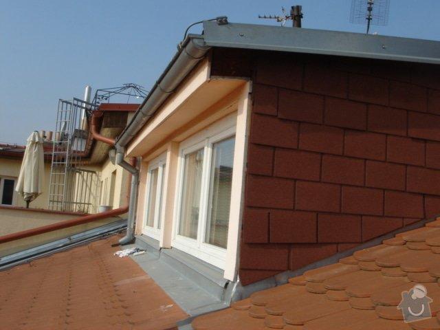 Opravu střechy činž.domu proti zatékání: 1