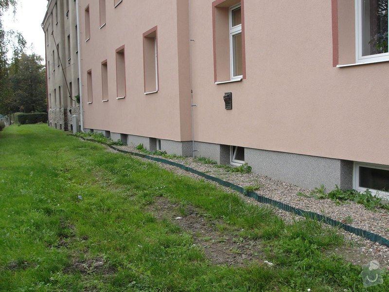 Izolaci základů bytového domu: DSC00008