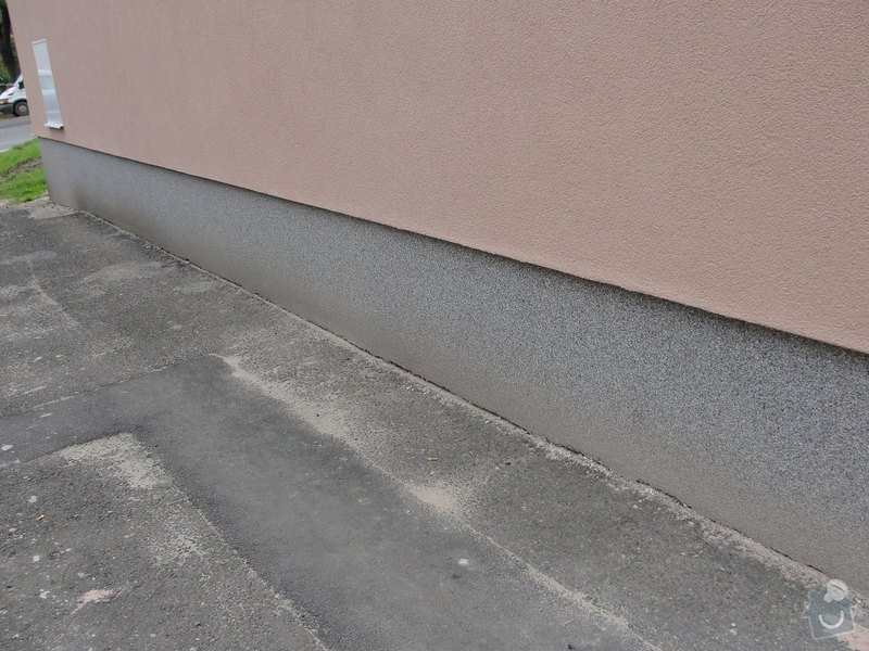 Izolaci základů bytového domu: DSC00006