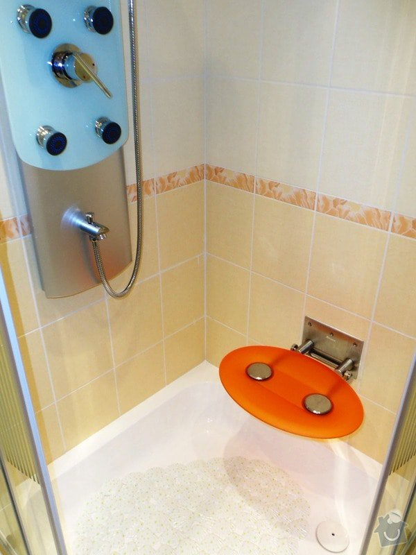 Rekonstrukce koupelny a WC: 100_2329-kompletace_po_rekonstrukci-7.10.2014