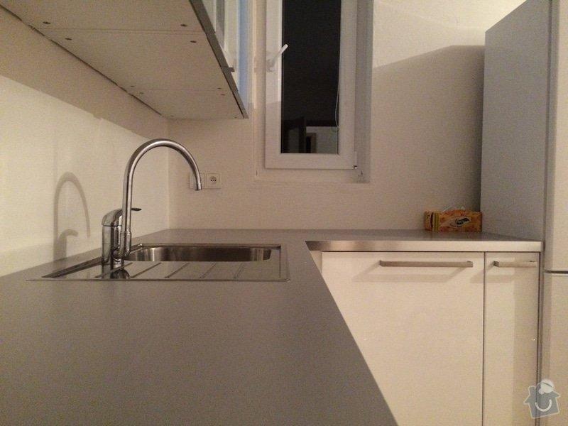 Obložení stěny u kuchyňské linky: IMG_3292