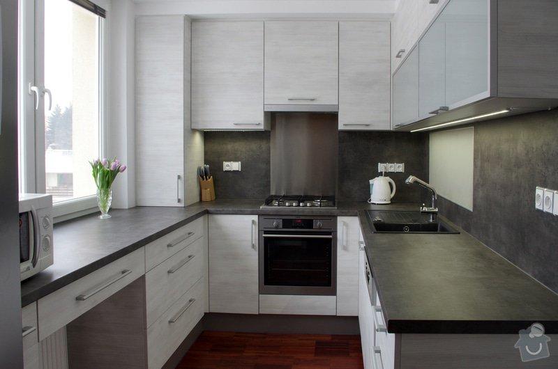 Návrh a zhotovení kuchyňské linky a koupelnového nábytku: IMGP1751s