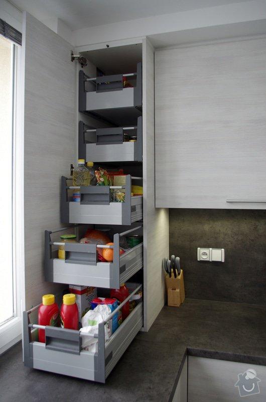 Návrh a zhotovení kuchyňské linky a koupelnového nábytku: IMGP1755s