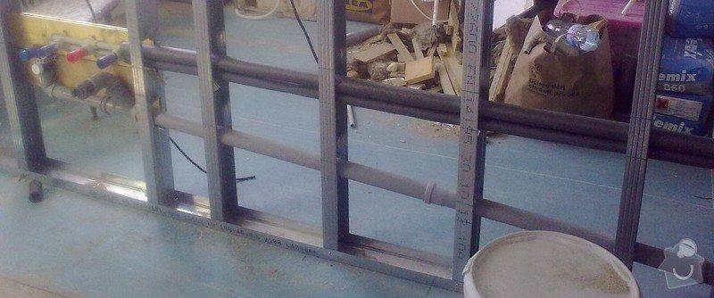 Posun vývodu odpadu a ventilu pro teplou a studenou vodu v kuchyni: 2