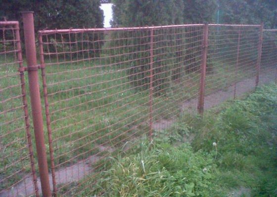 Nátěr kovového plotu - renovace