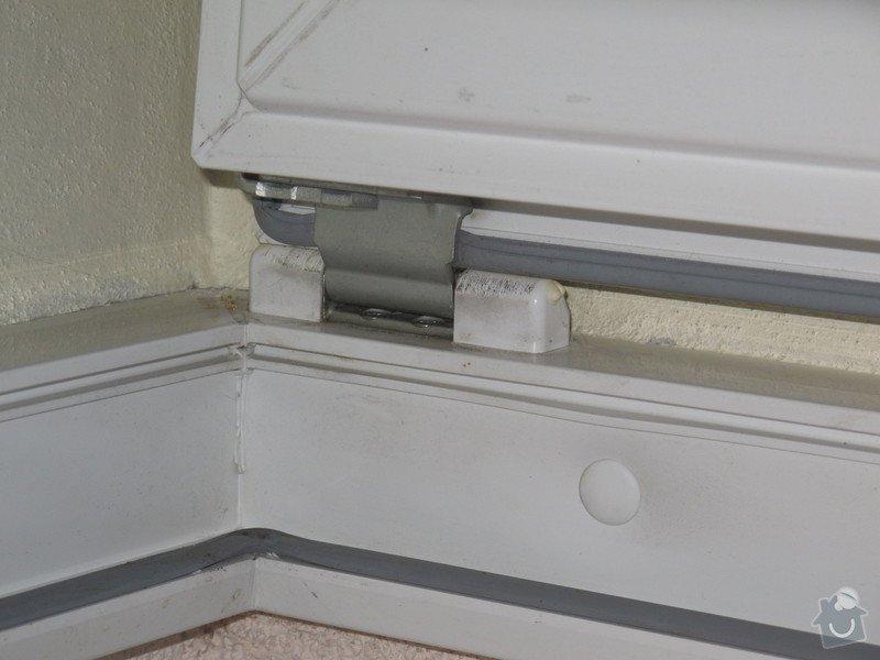 Úprava plastových dveří - přidání ventilace: IMG_2583