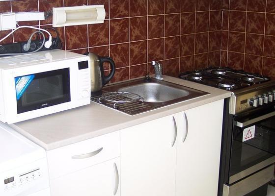 Rekonstrukce kuchyně bytu v UL