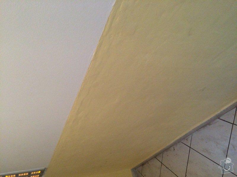Broušení nerovností omítky + malířské práce nátěr vstupní chodby obytného domu 4x3 metry: IMG_0163