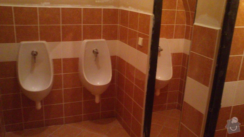 Rekonstrukce záchodů - šipkový bar: DSC_0405