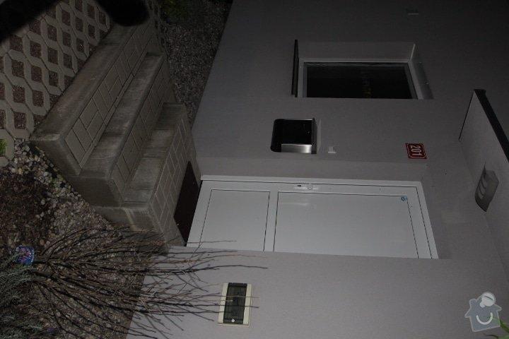 Zábradlí venkovního vstupu do domu: IMG_3337