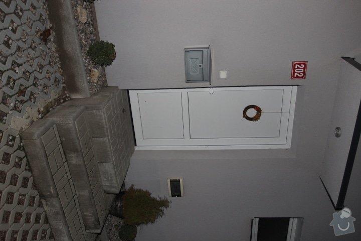 Zábradlí venkovního vstupu do domu: IMG_3338