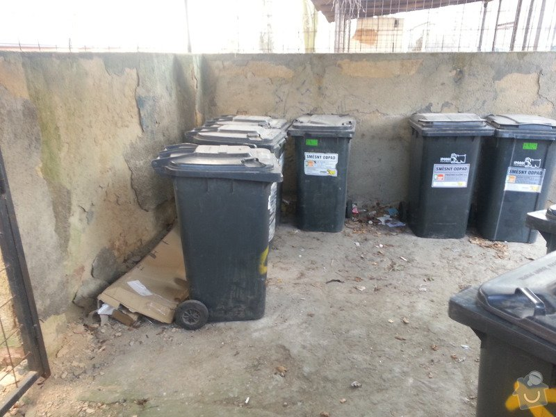 Rekonstrukce přístřešku na popelnice: 2014-03-Pristresek-popelnice-06
