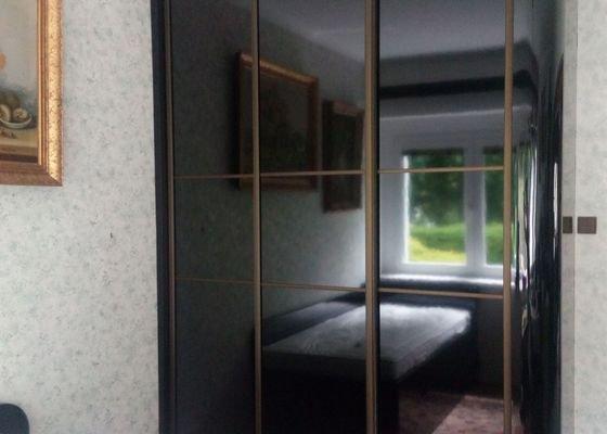 Výroba a montáž vestavěné skříně a postele