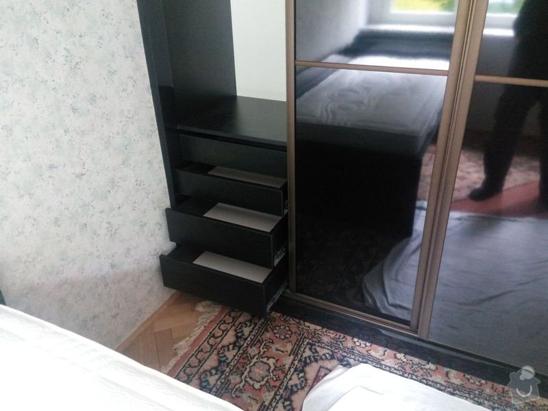 Výroba a montáž vestavěné skříně a postele: IMG_20140602_120452