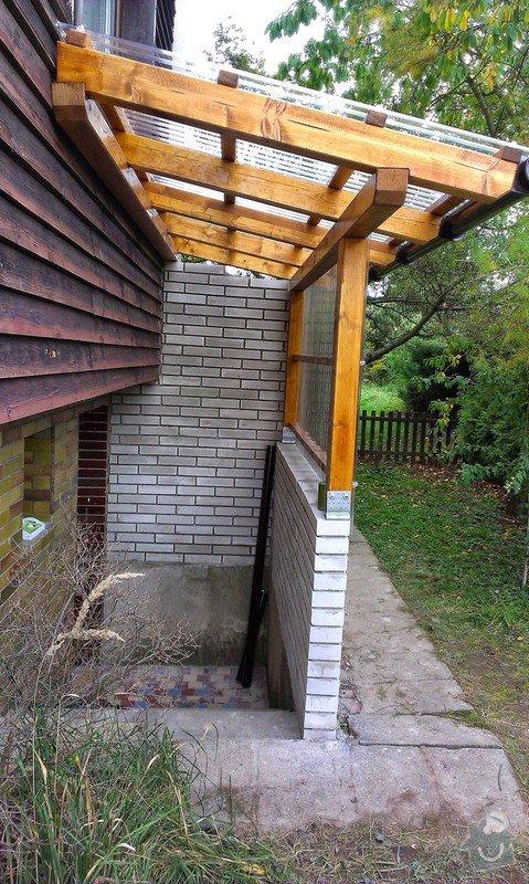 Instalace přístřešku k zadnímu vchodu rodinnému domu: IMAG0740