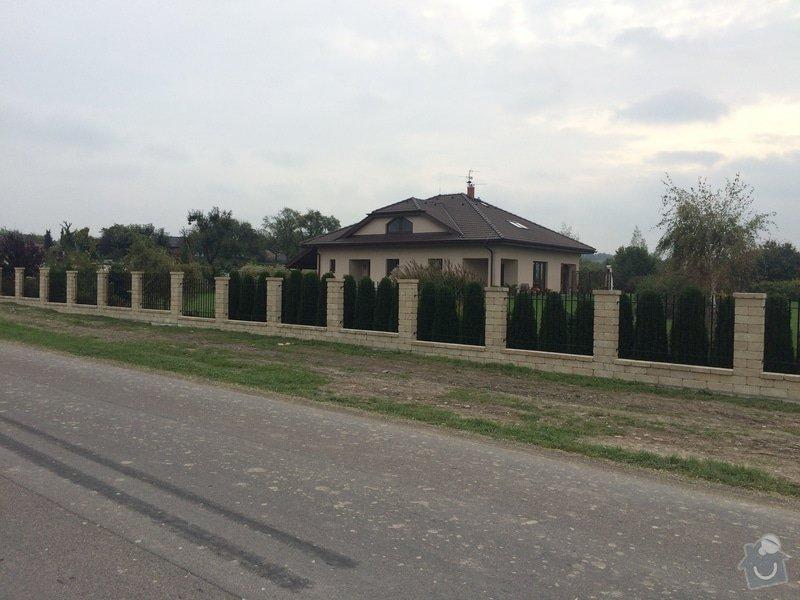 Stavba plotu: IMG_0304