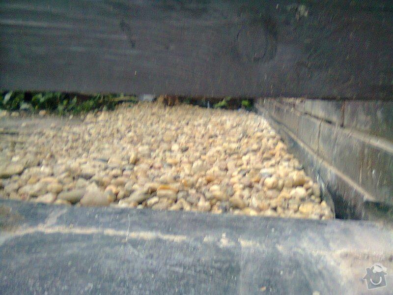 Izolace základů u řadového RD: Fotografie0139