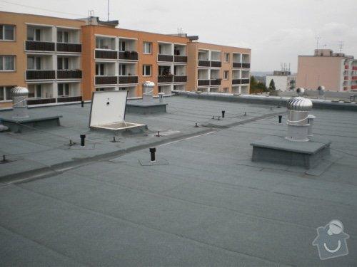 Hydroizolace střechy, oprava chodníku, fasády: 20111020_02