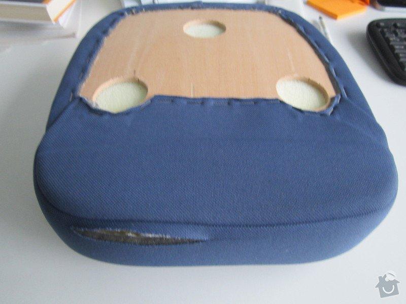 Oprava opěrky hlavy u sedačky: zadni_strana_operky