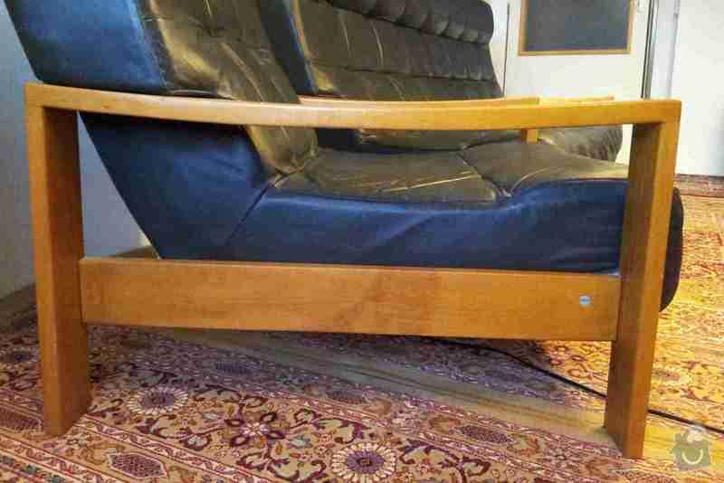 Renovaci výplně kožené 3-místné sedačky a 2 křesel: 20141023_095641