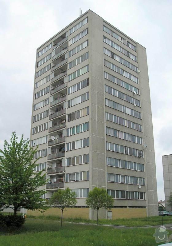 Projekt kompletního zateplení panelového bytového domu s rozšířením stávajících lodžií: 01a