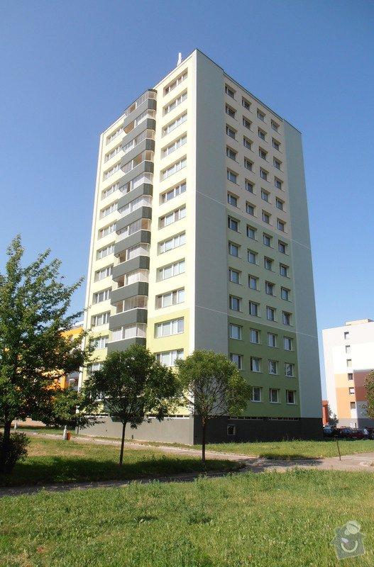 Projekt kompletního zateplení panelového bytového domu s rozšířením stávajících lodžií: 01