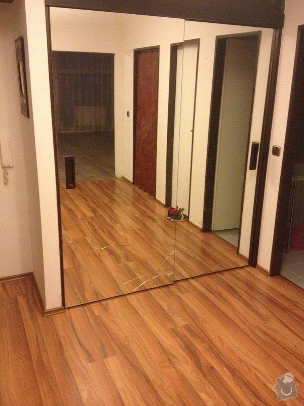 Zrcadlo na posuvne dvere vestavene skrine: IMG_7662