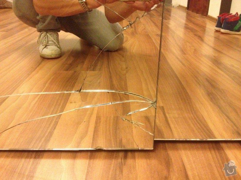 Zrcadlo na posuvne dvere vestavene skrine: IMG_7664