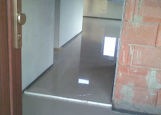 Vylití betonové podlahy