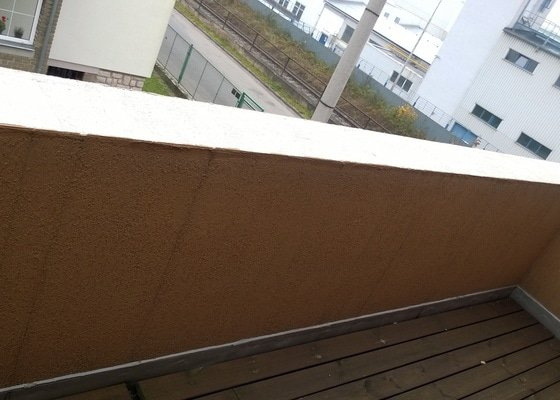 Oprava atiky - oplechování balkonové zdi