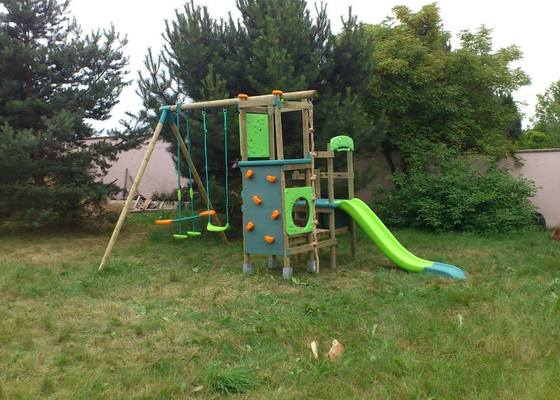 Smontování dětského hřiště