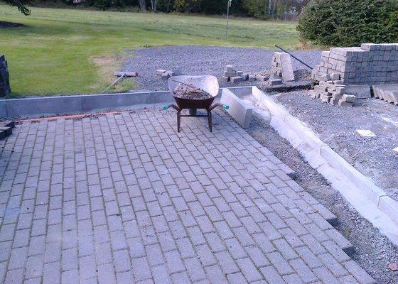 Renovace zámkové dlažby