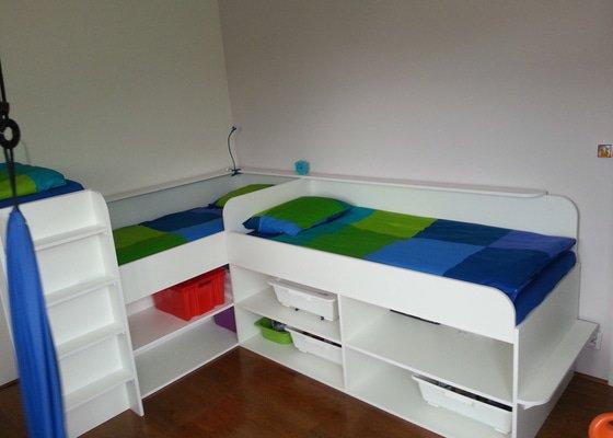 Dětský pokoj - postele pro tři děti