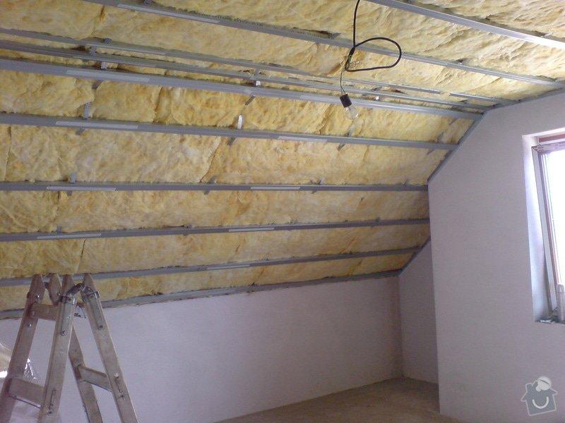 Sádrokartonové stropní podhledy půdní vestavby a přízemí : DSC00060