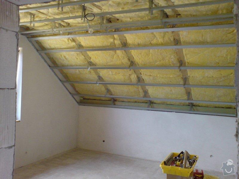 Sádrokartonové stropní podhledy půdní vestavby a přízemí : DSC00061