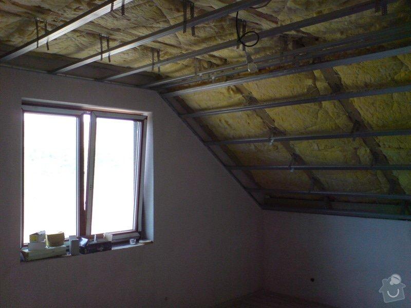 Sádrokartonové stropní podhledy půdní vestavby a přízemí : DSC00062